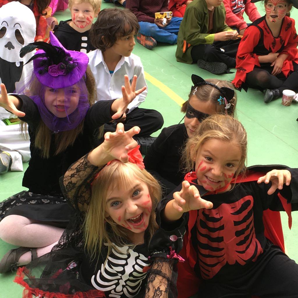 haloween-numont-school-2017.jpg